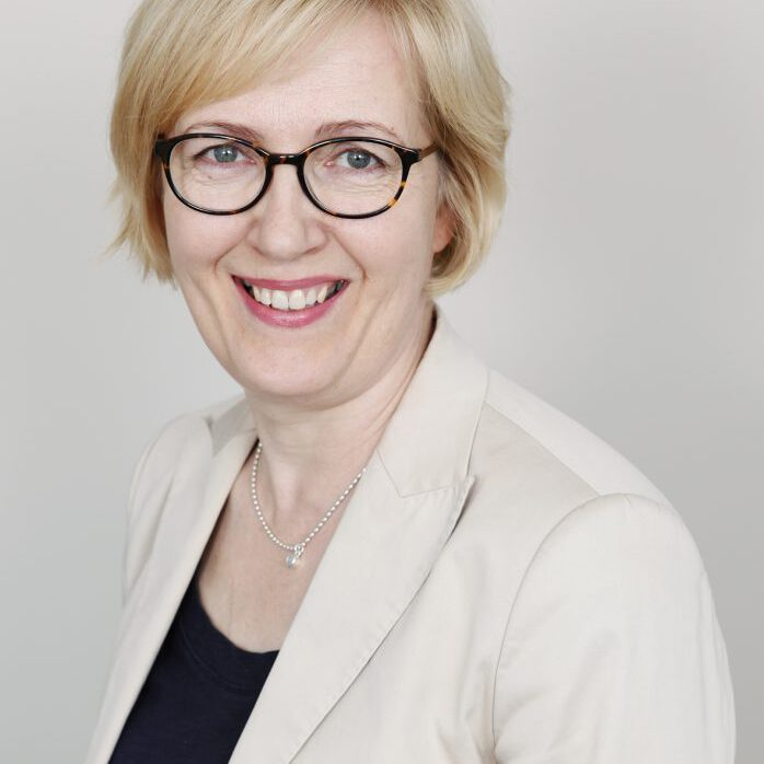Liisa Rusthollkarhu